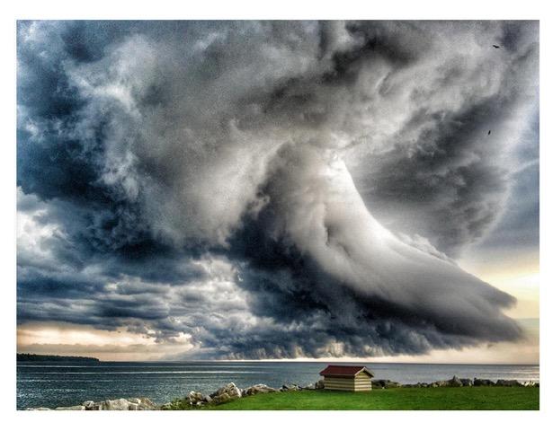 Storm-Photo